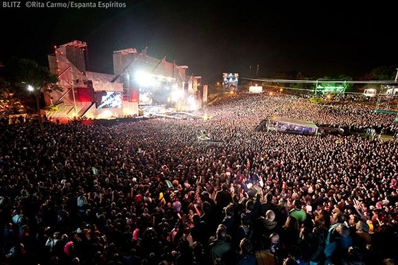 Campanha de Natal do Rock in Rio 2016 começa amanhã ...