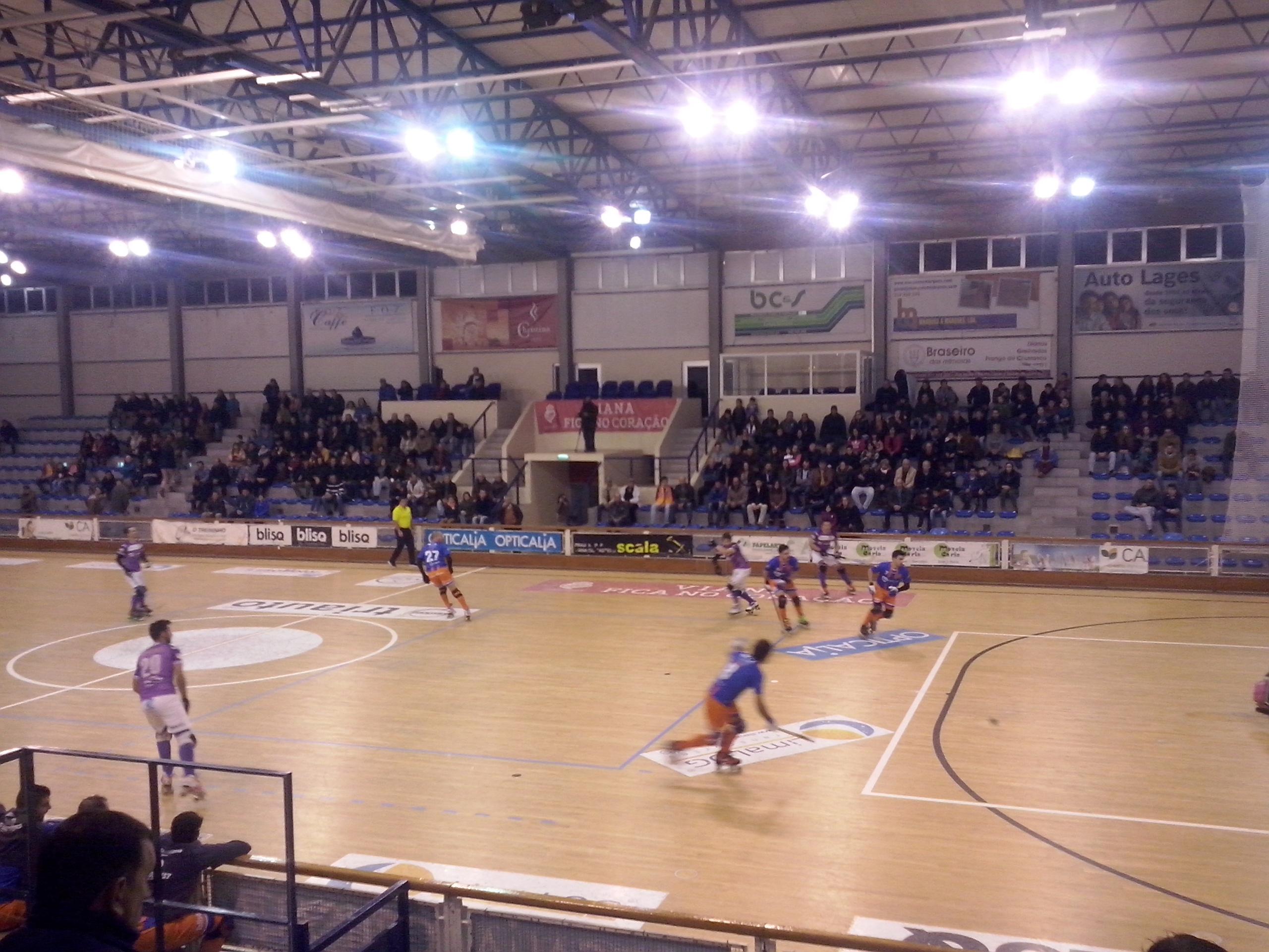 Hóquei em Patins: Juventude de Viana vence em casa Valença HC  por 4-1