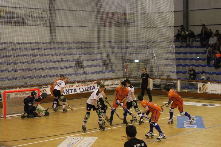 Hóquei em patins: Juventude de Viana goleou alemães do TUS Dusseldorf-Nord na Taça CERS