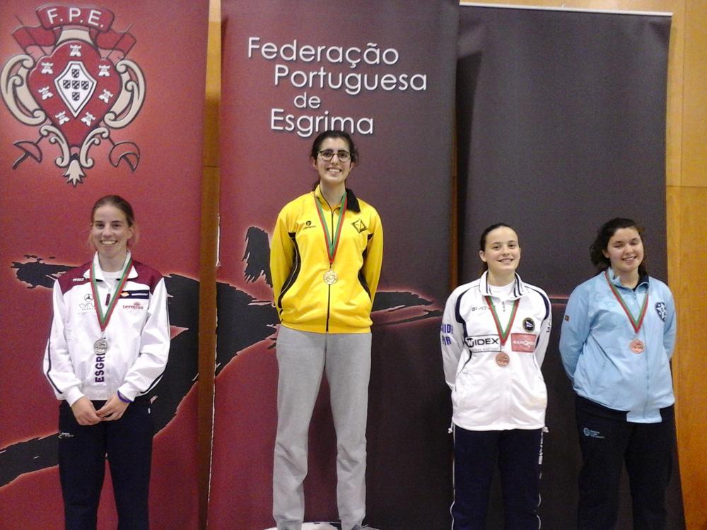 Esgrimista Carolina Oliveira recebe apoio da Câmara para chegar às Olímpiadas de Tóquio2020