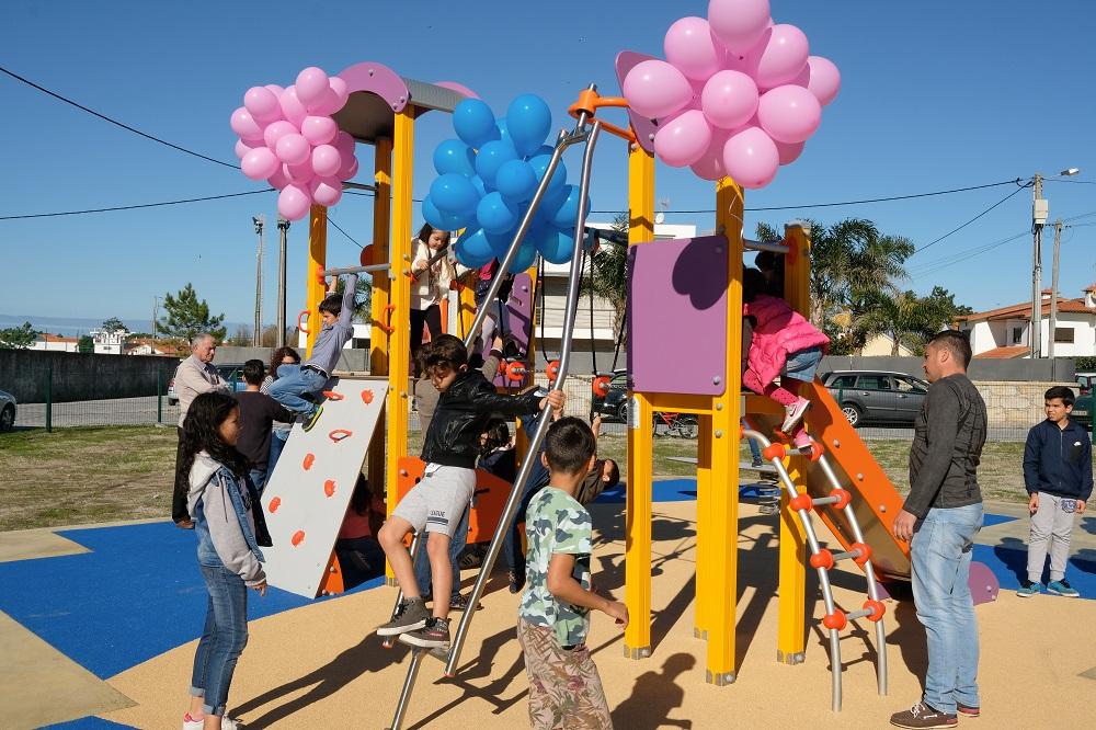 Inaugurado Parque Infantil de Castelo do Neiva
