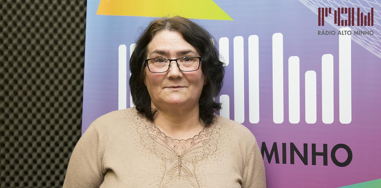"""Rádio Alto Minho e Dental Clínica oferecem """"UM NOVO SORRISO"""" a Conceição Passos"""