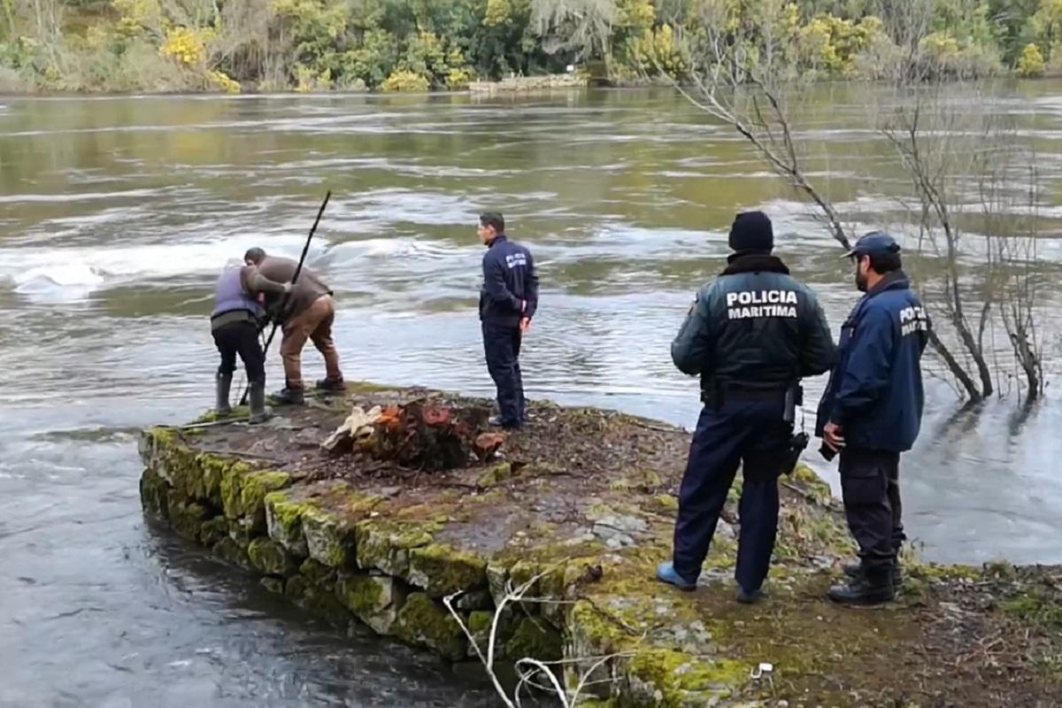 Polícia Marítima de Caminha fiscaliza pesca da lampreia em pesqueiras do rio Minho