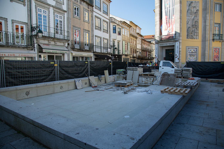 Caramuru já foi retirado da Praça da República mas ainda não foi recolocado na Praia Norte