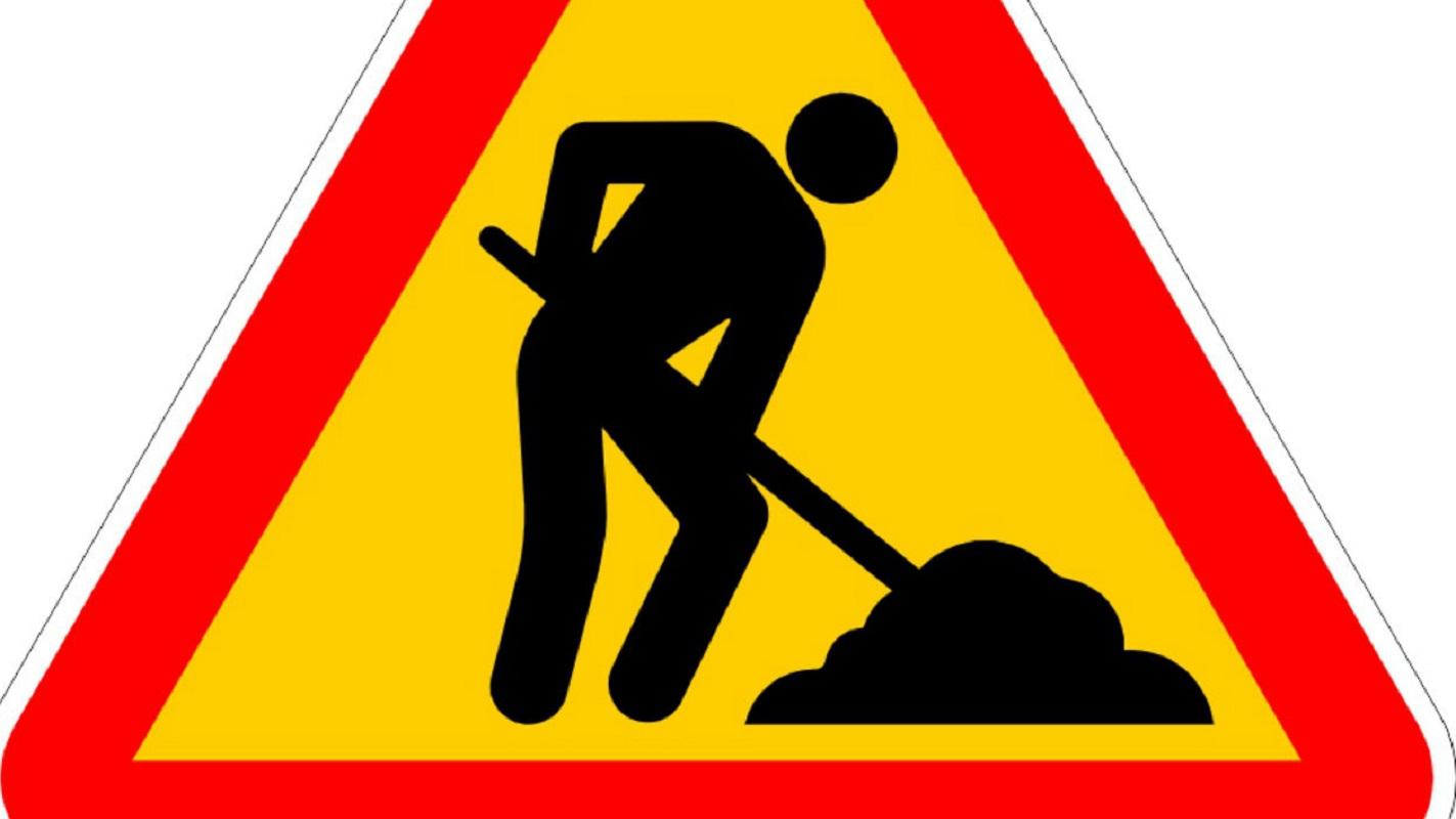 Obras na rede viária afetam trânsito em Viana este sábado
