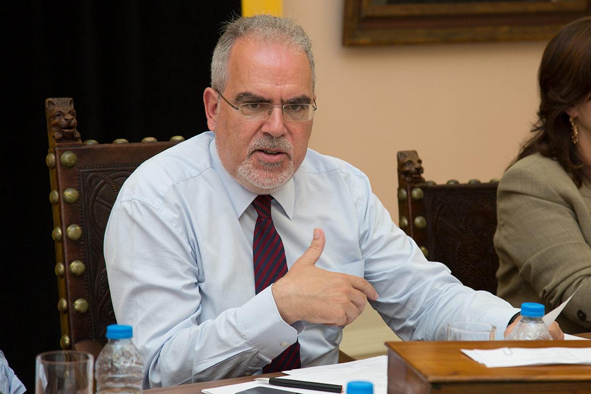 CGD: Viana corta relações com o banco público se balcão de Darque fechar portas
