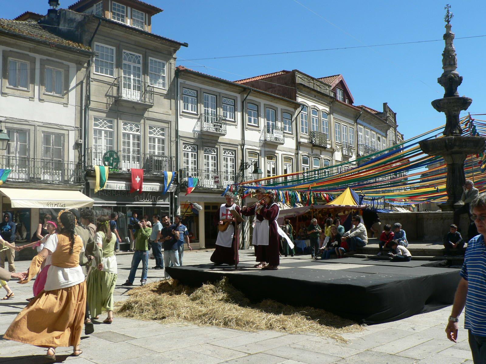 Mais de 80 momentos culturais garantem animação nos quatro dias de feira medieval de Viana