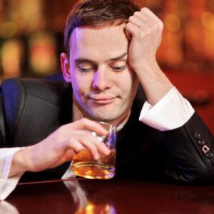 Homens que consomem álcool diariamente são mais férteis