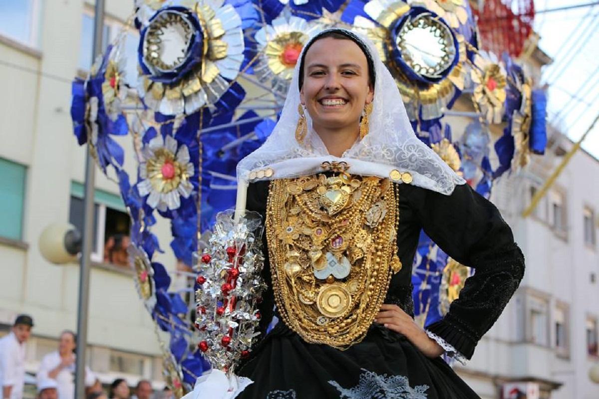 """Ministro da Cultura diz que classificação do Traje à Vianesa pela Unesco está """"muito bem encaminhada"""""""