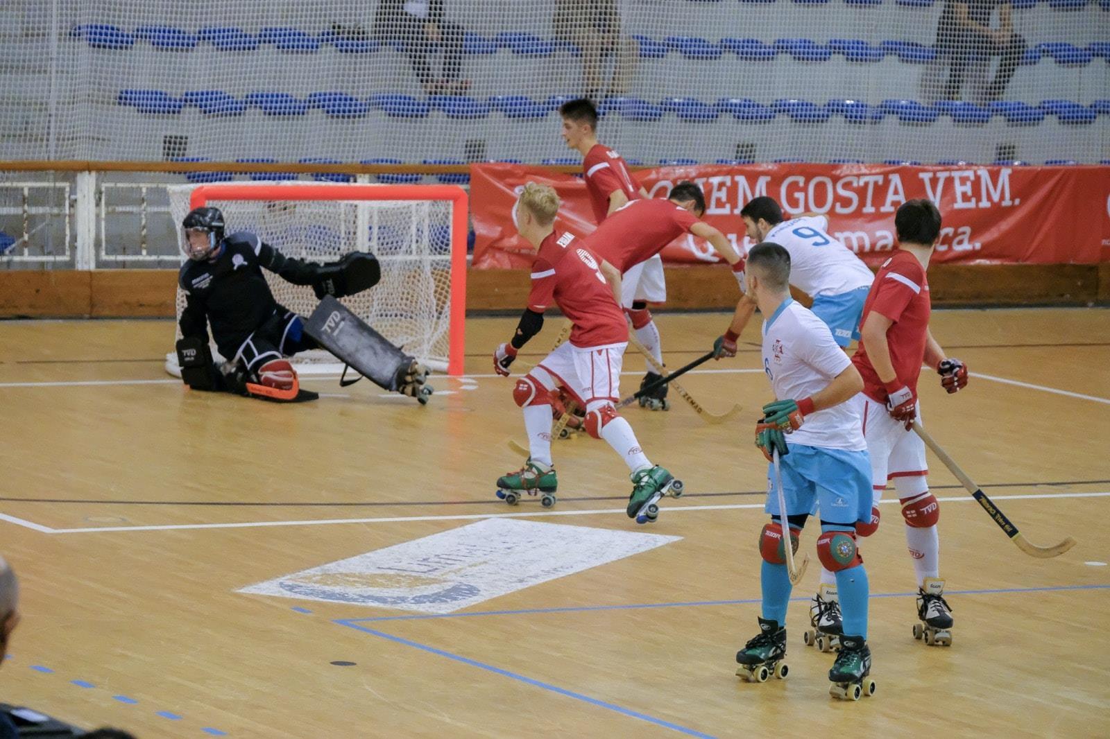 Portugal goleia Inglaterra e lidera Europeu sub-20 de hóquei em patins