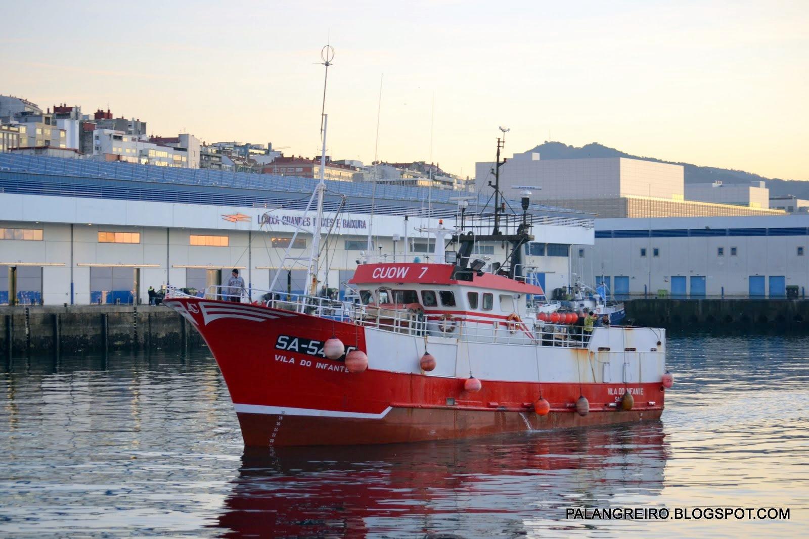 Barco de armador de Vila Praia de Âncora que estava à deriva chega a Vigo na madrugada de domingo