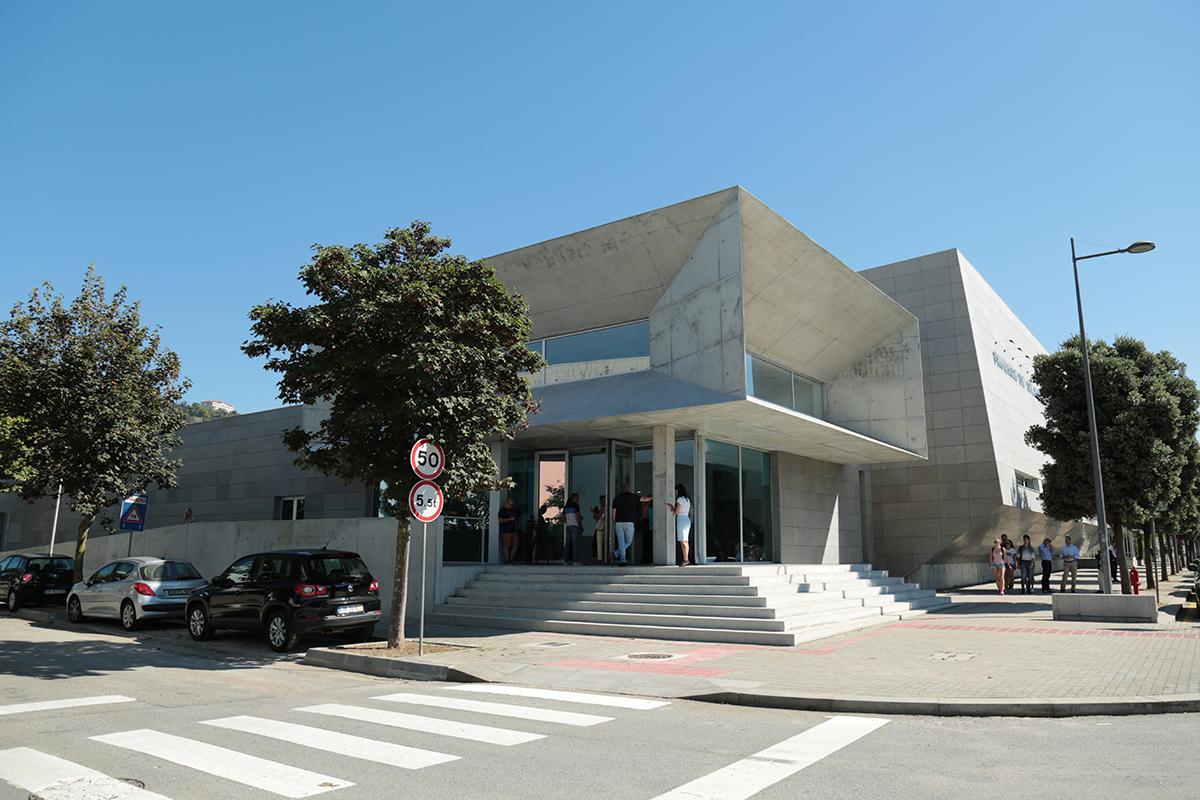 Wallpaper classifica pavilhão do Atlântico como exemplo de arquitetura em betão
