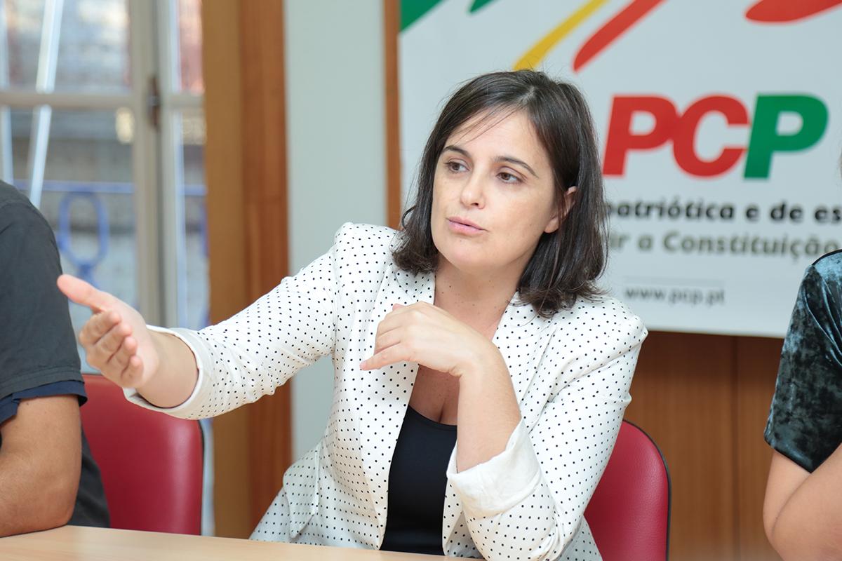 """PCP quer ajuda """"urgente"""" do Governo para resolver """"enorme fragilidade económica"""" da Associação de Reformados de Viana"""