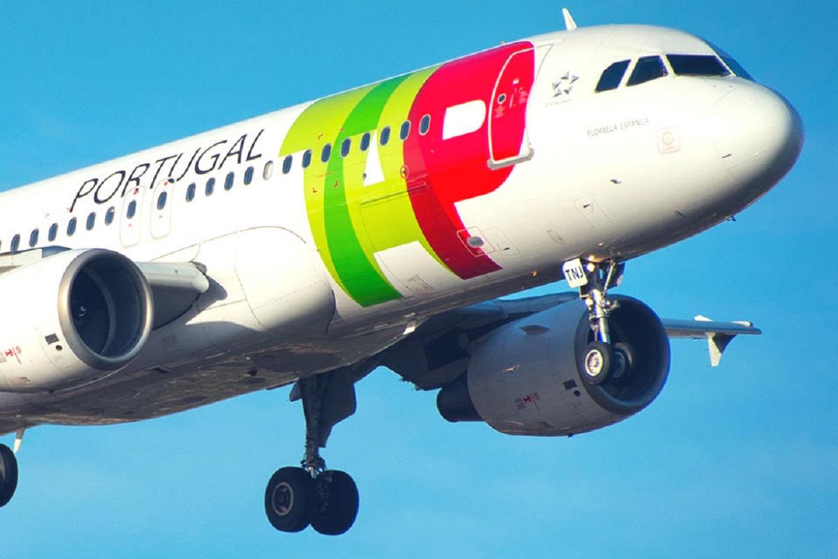 Falta de tripulantes obriga TAP a suspender voos para Vigo, Corunha e Oviedo