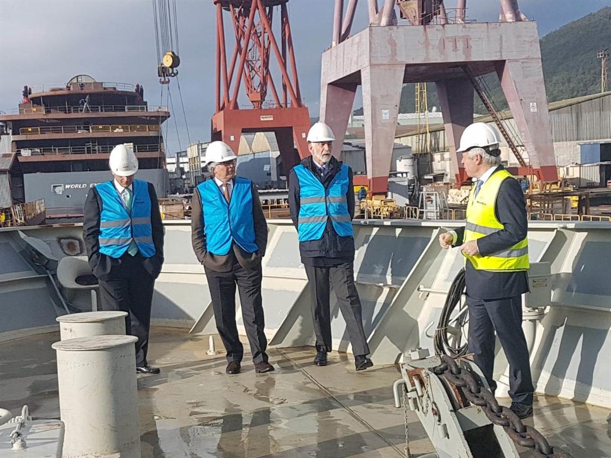 Aguiar-Branco visitou estaleiros de Viana a convite da West Sea