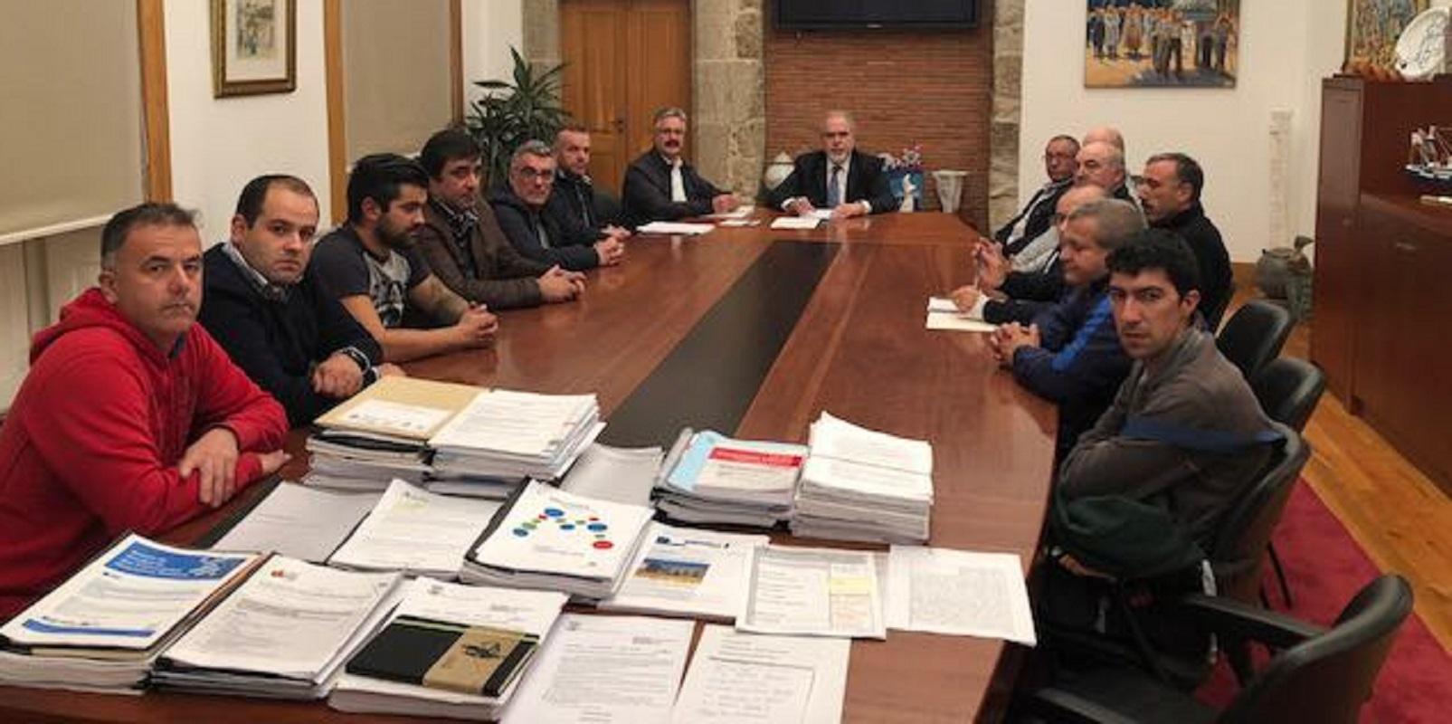"""José Maria Costa pede reunião """"urgente"""" a Ana Pula Vitorino para discutir impacto de parque eólico na pesca"""