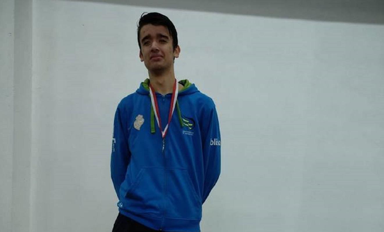 Atletas do Olímpico Vianense conquistam sete pódios em provas de atletismo e corta-mato