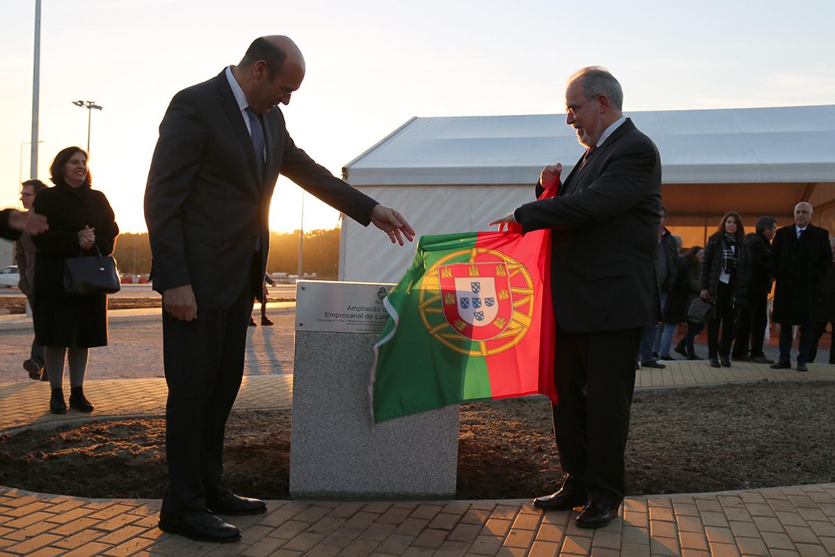 """Ministro da Economia diz que parque de Lanheses  é uma """"obra notável"""""""