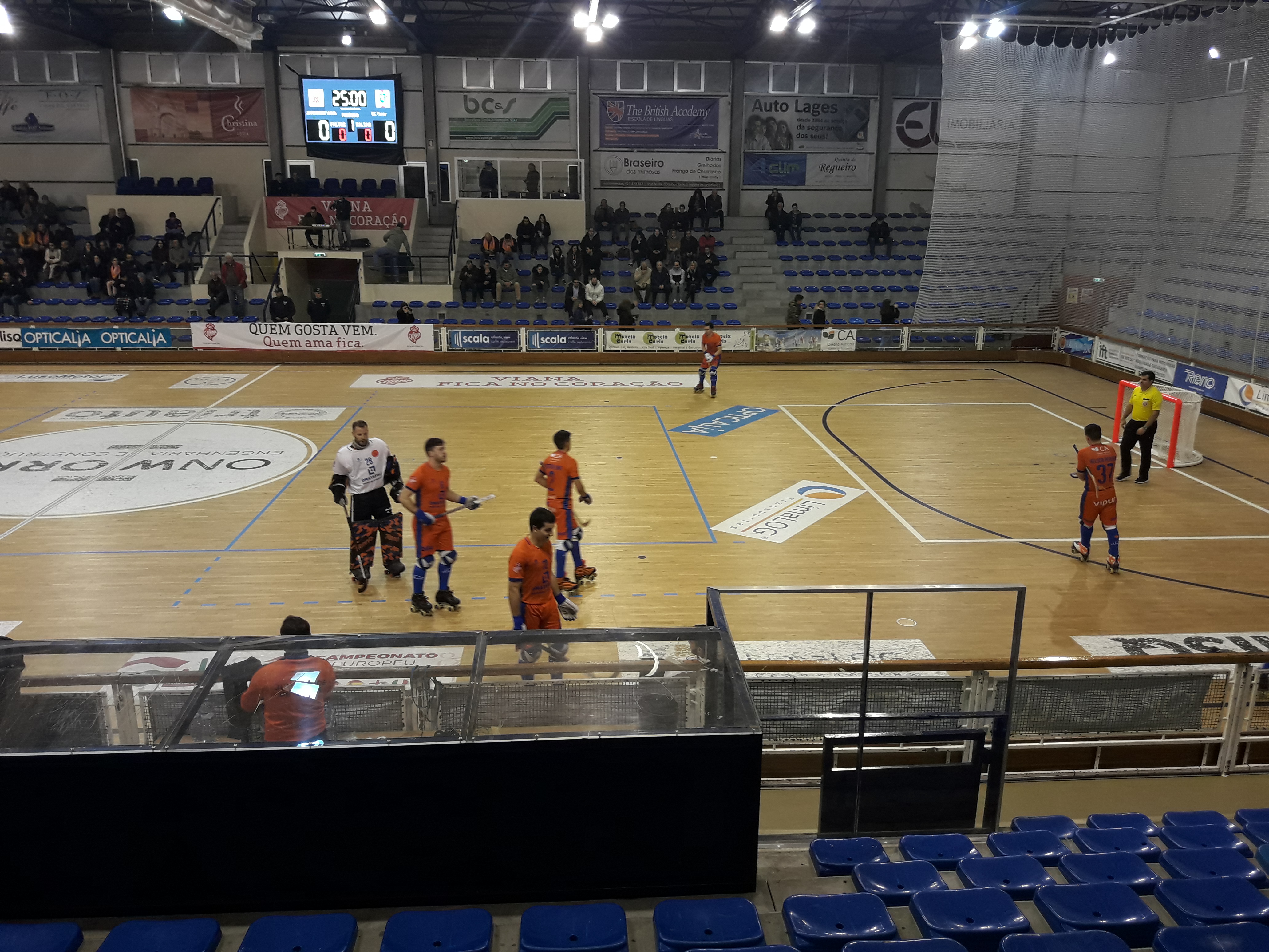 Hóquei em patins: Juventude de Viana empata em casa com Oquei de Barcelos