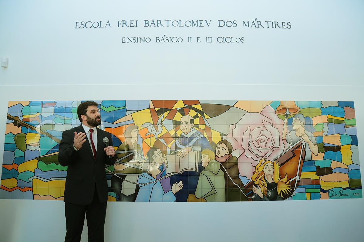 "Tiago Brandão Rodrigues diz que escola Frei Bartolomeu dos Mártires está ""absolutamente fantástica"""