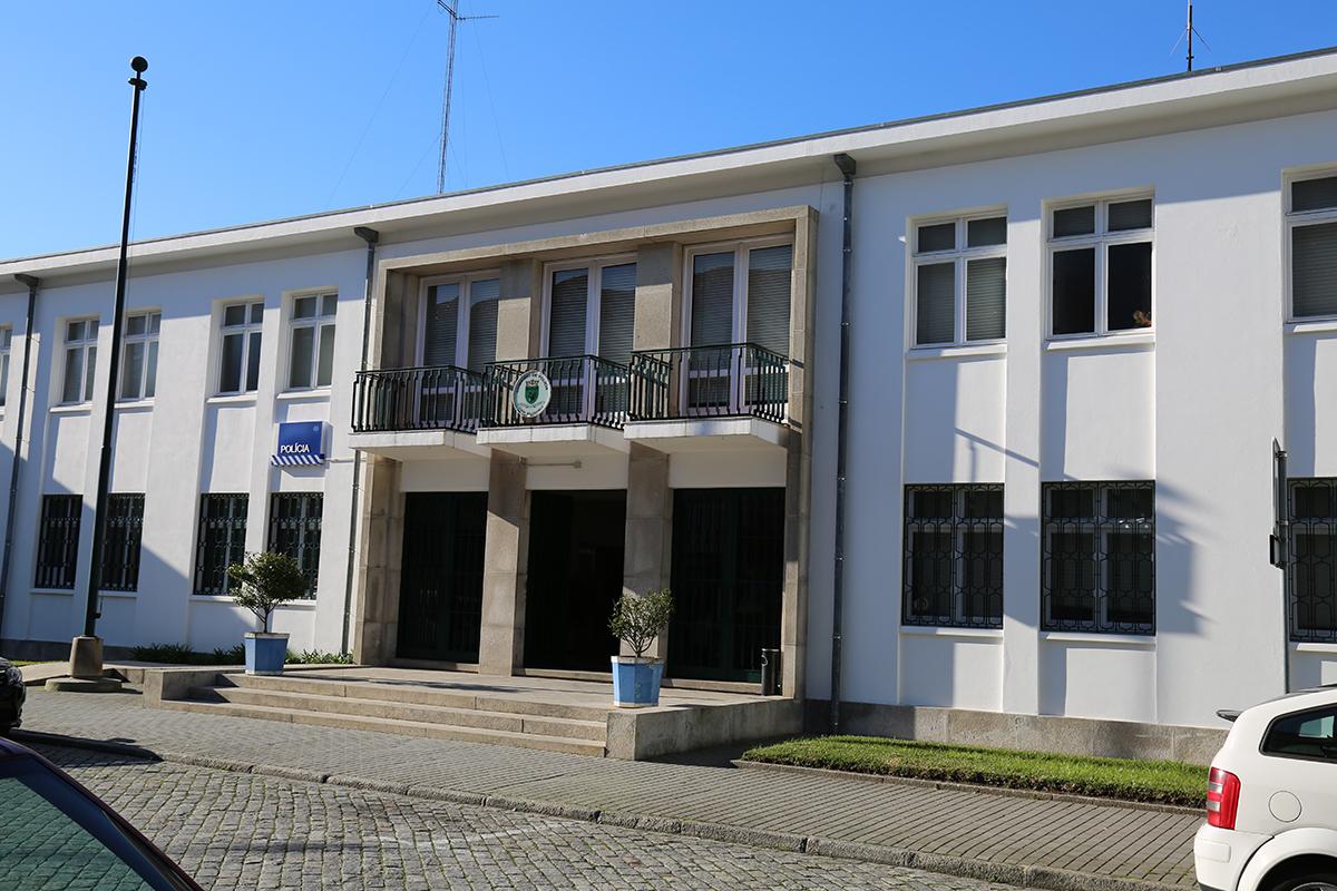 PSP detém homem por posse ilegal de oito armas de caça em Amonde