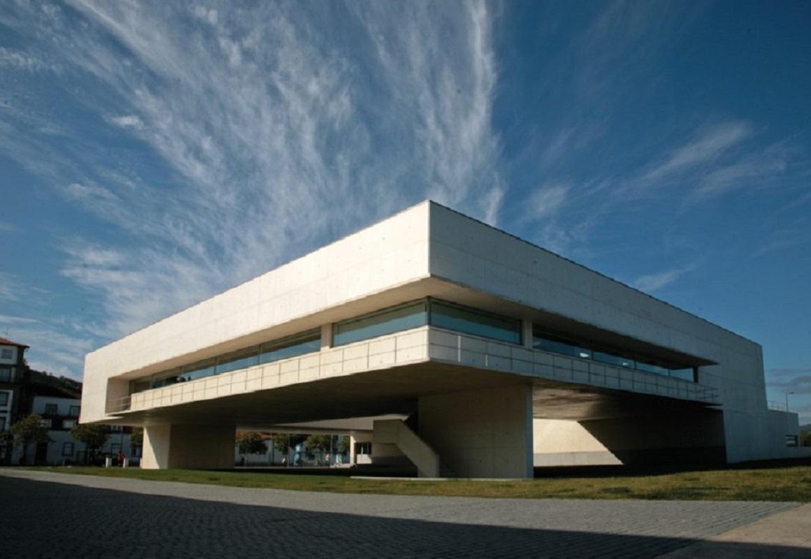 Biblioteca Municipal de Viana recebe este sábado sessão Pública Cidadã