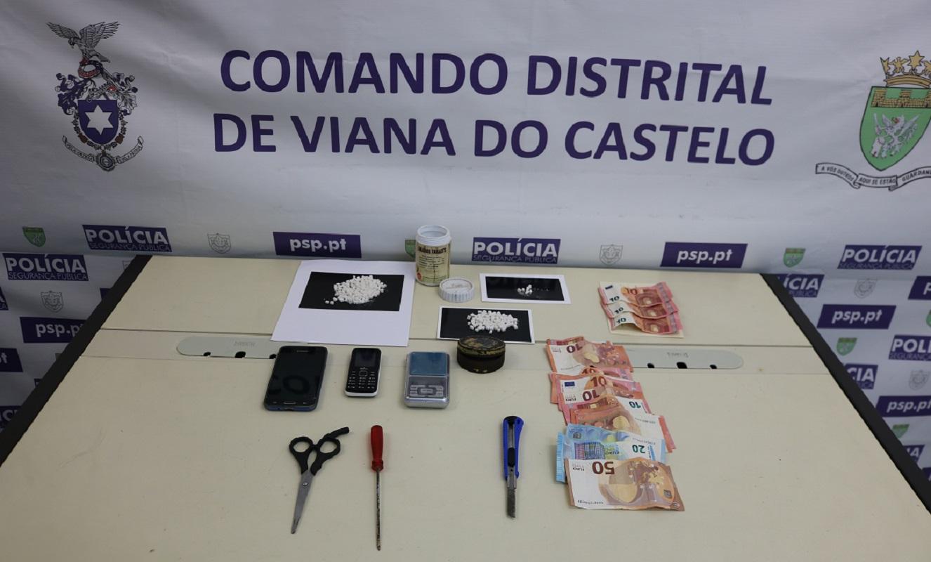 PSP detém homem de 60 anos com 190 doses de cocaína no centro da cidade de Viana