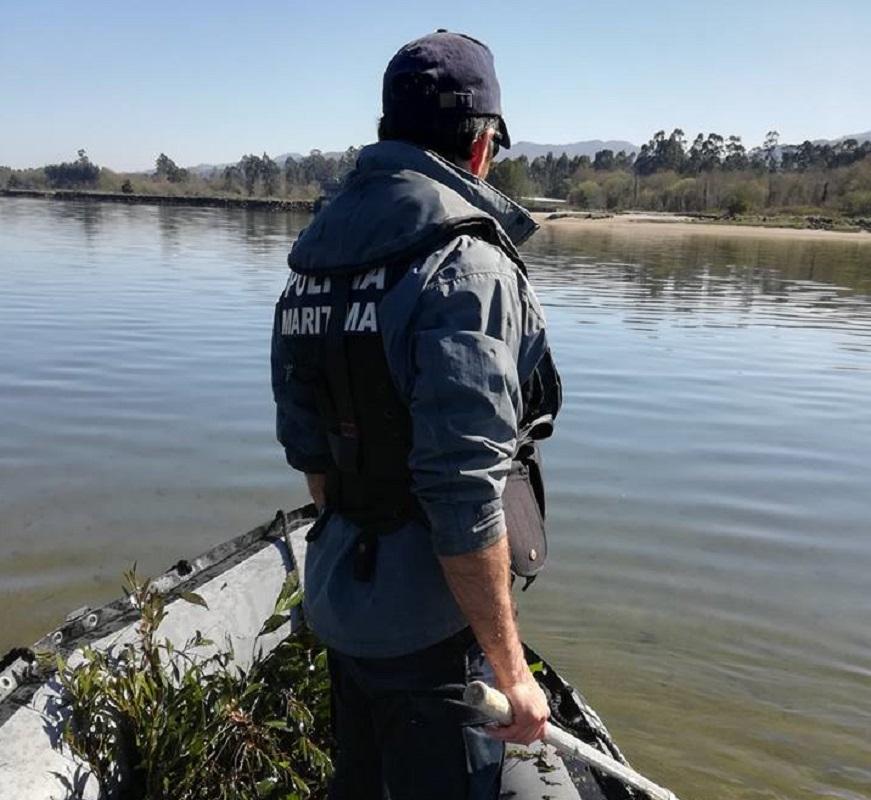Polícia Marítima apanha 150 abrigos ilegais de captura de lampreia no rio Lima