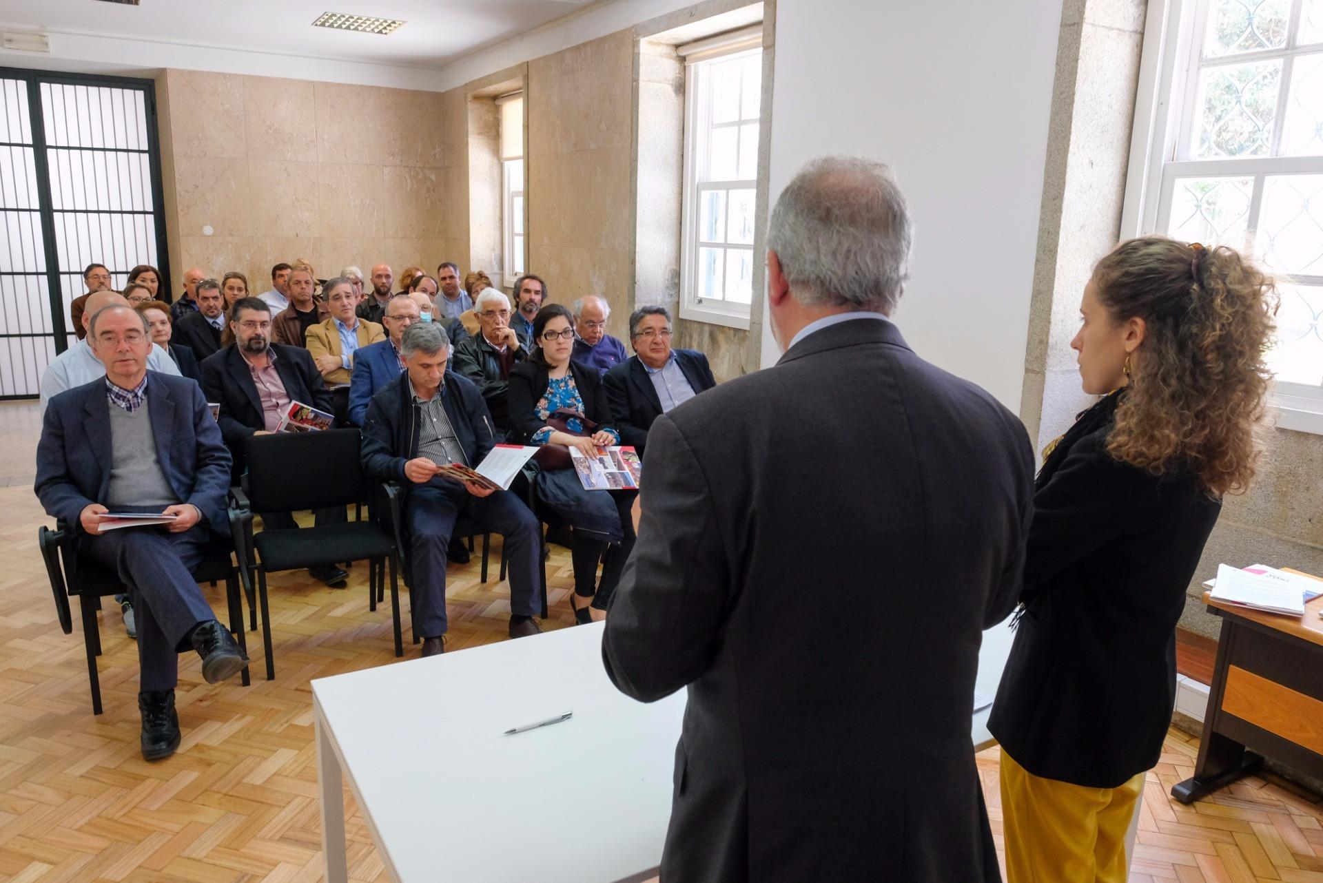 Câmara de Viana atribui apoio anual de quase 300 mil euros a 26 associações da área social