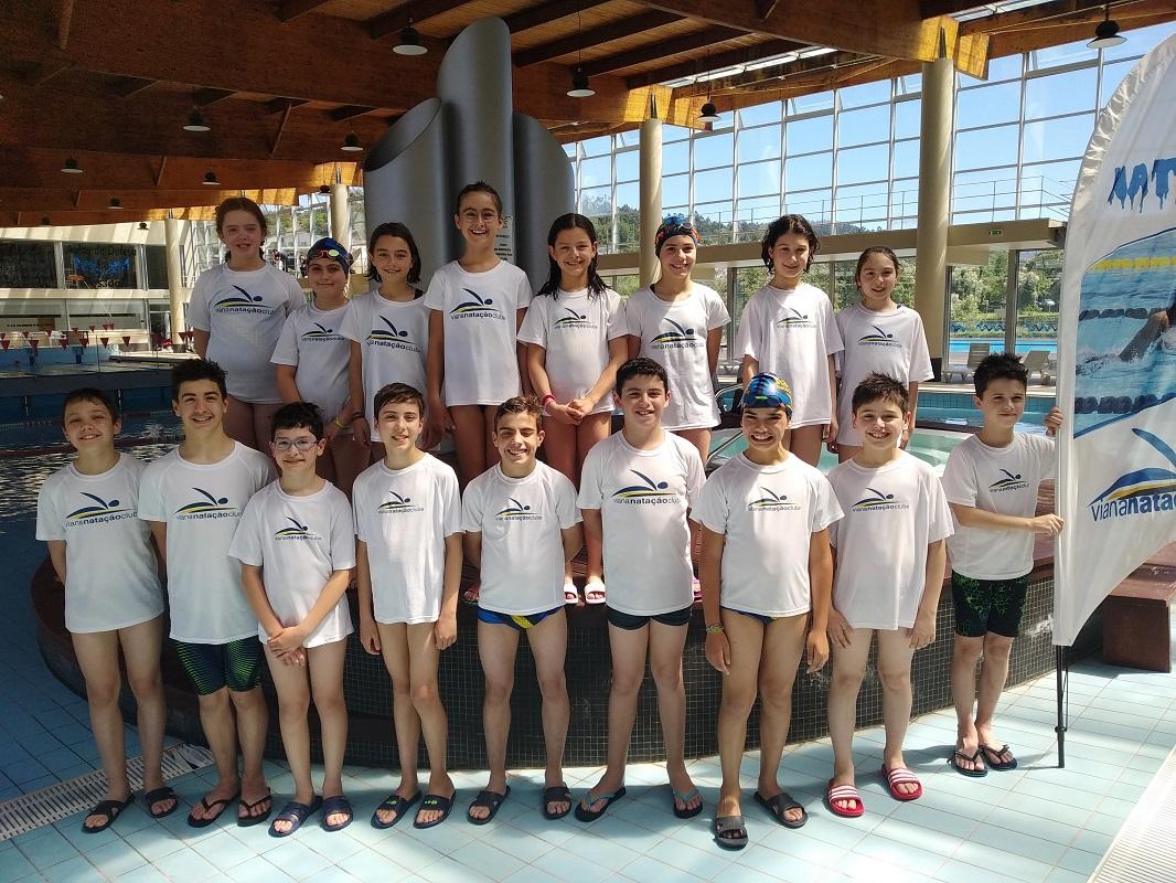 Atletas do Viana Natação Clube vencem torneio em Arcos de Valdevez