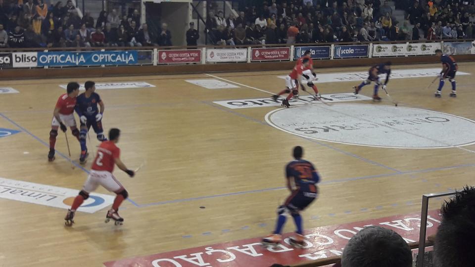 Hóquei em Patins: Juventude de Viana derrotada frente ao Benfica no ultimo jogo da época em casa