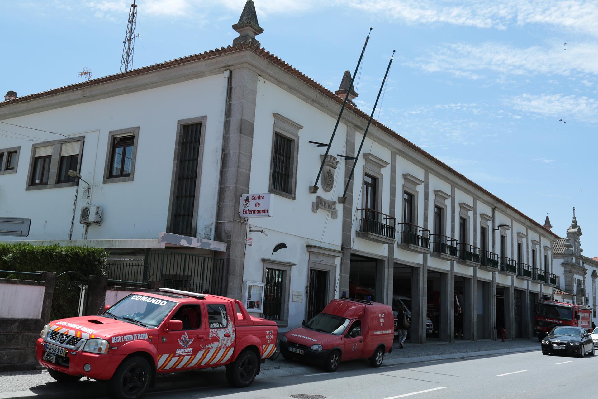 """Concerto dos """"Two Old Men's Band"""" abre festa dos 138 anos dos bombeiros voluntários de Viana"""