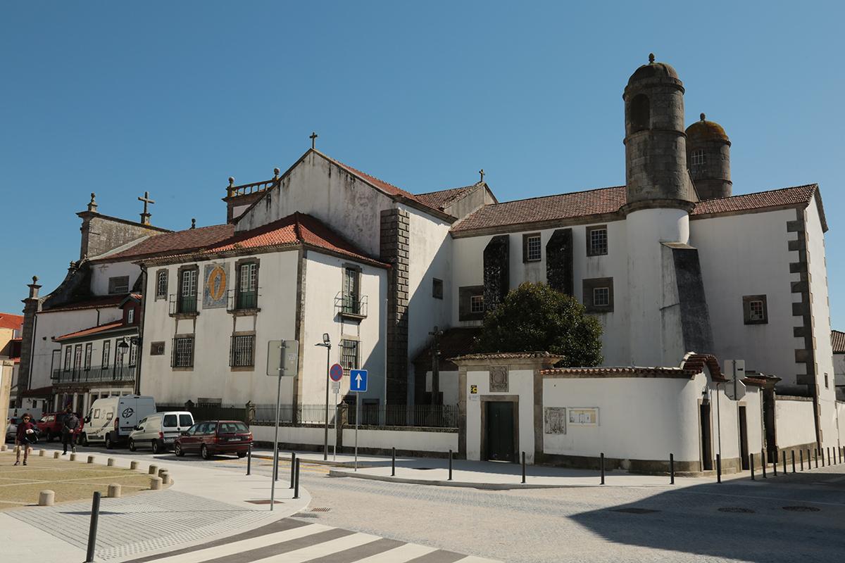 """Larápios tentam roubar igreja de São Domingos e """"estragam"""" imagem de Nossa Senhora das Dores"""