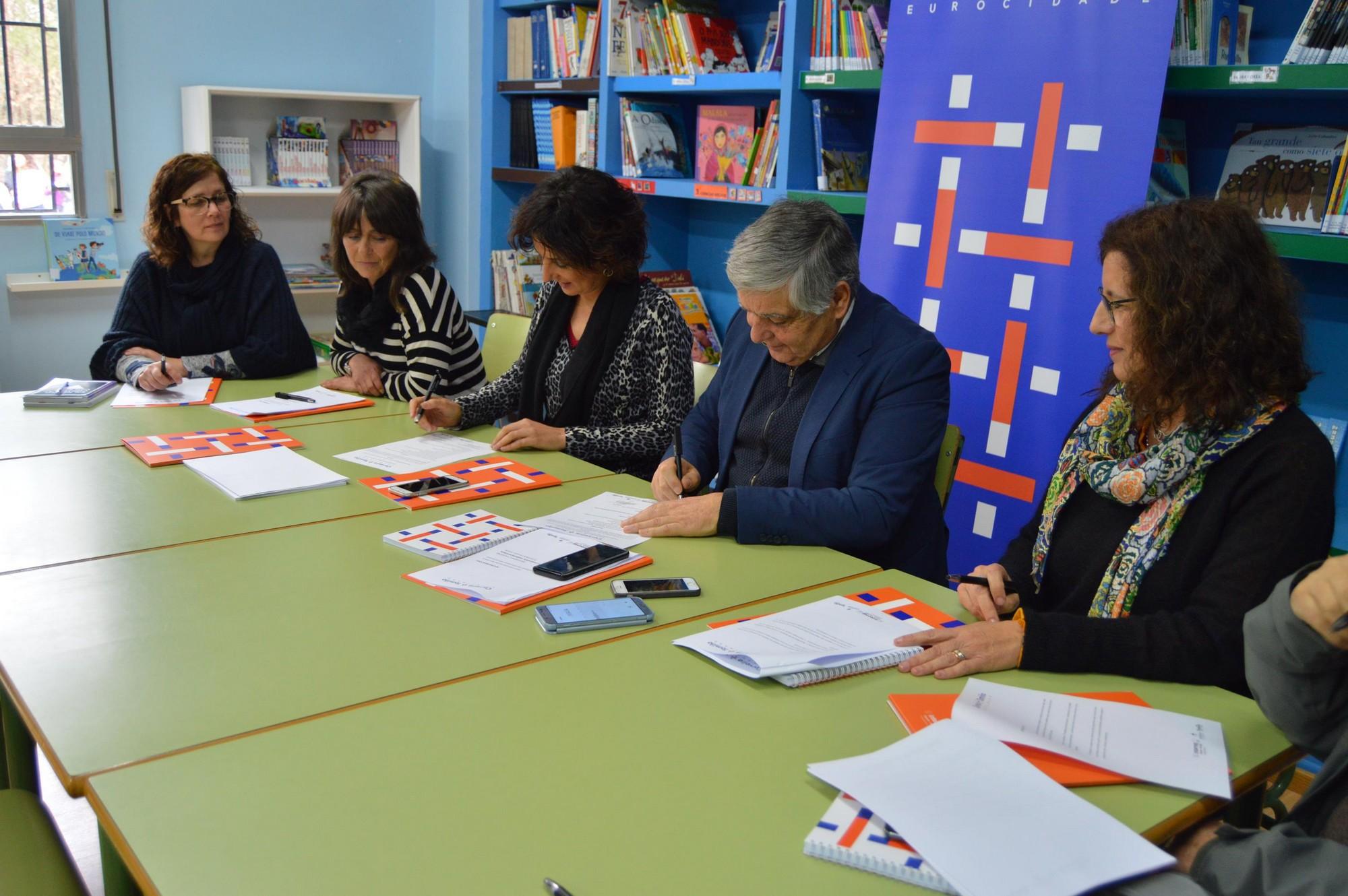 Comissão Europeia vai estudar alternativas para facilitar intercâmbios escolares em contextos transfronteiriços