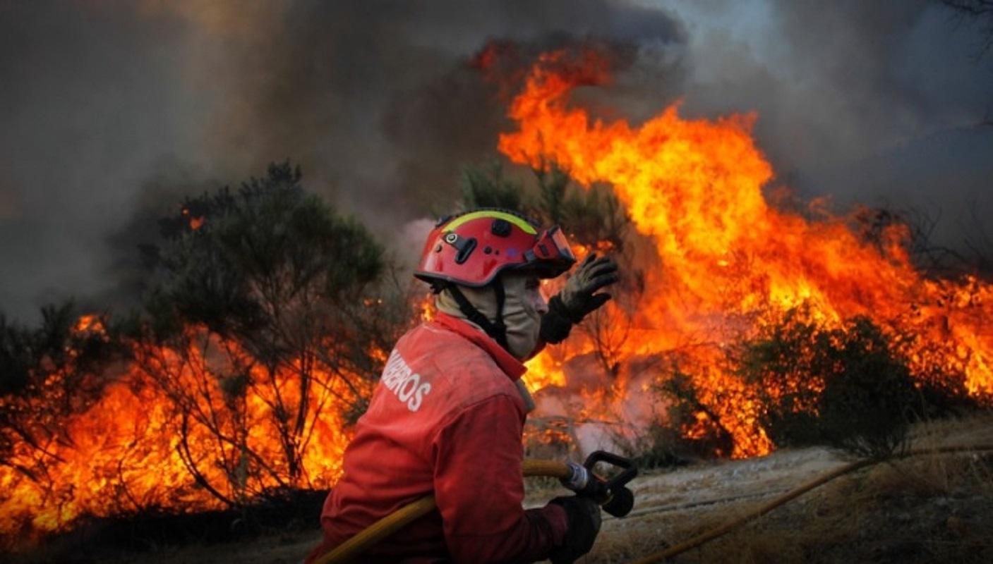 Resultado de imagem para Risco de Incêndio: SMS preventivo chegou a mais de 5,6 milhões de pessoas