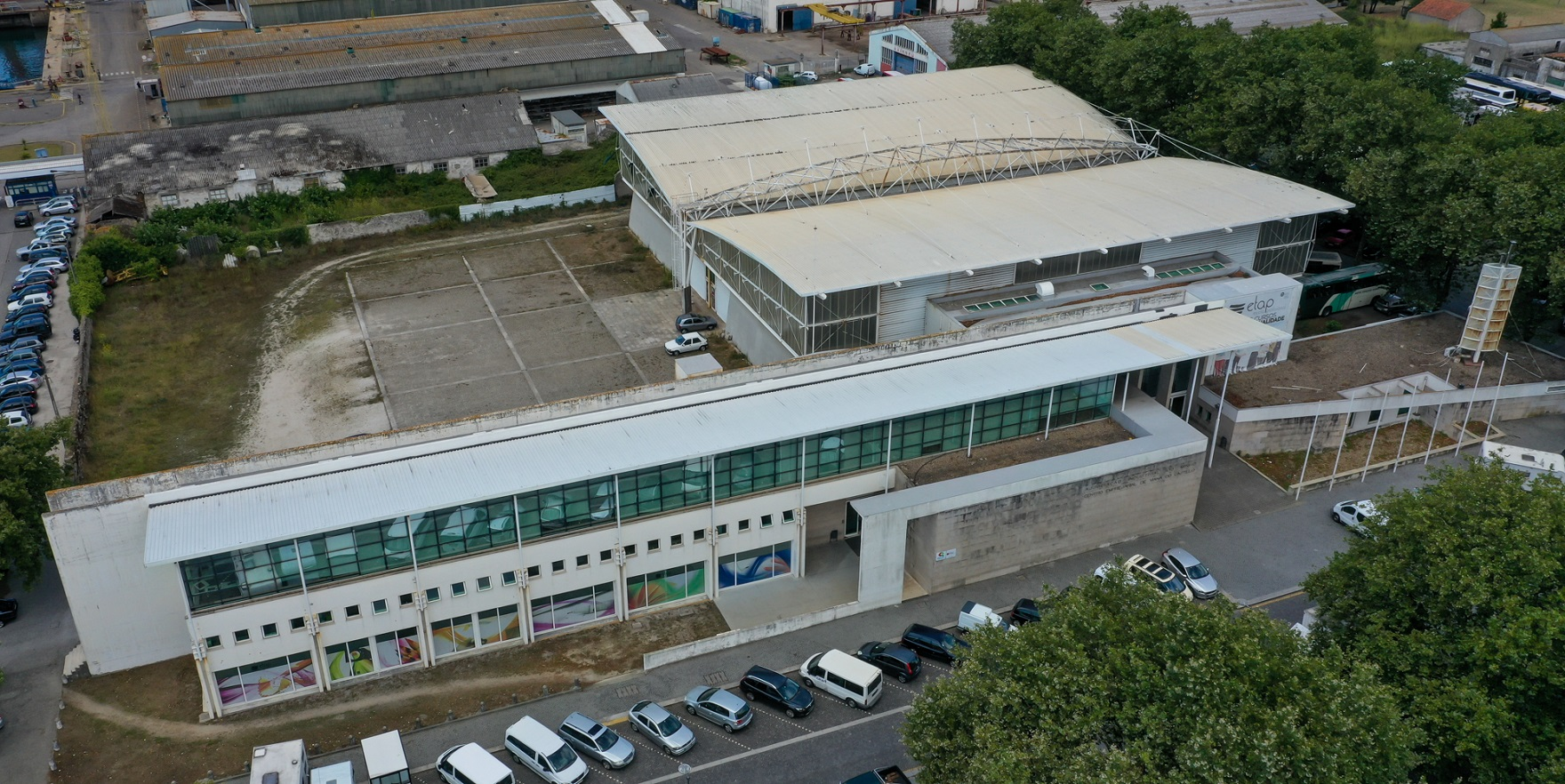 Câmara de Viana formalizou, hoje, a compra do ex-pavilhão da Aiminho no Campo d'Agonia