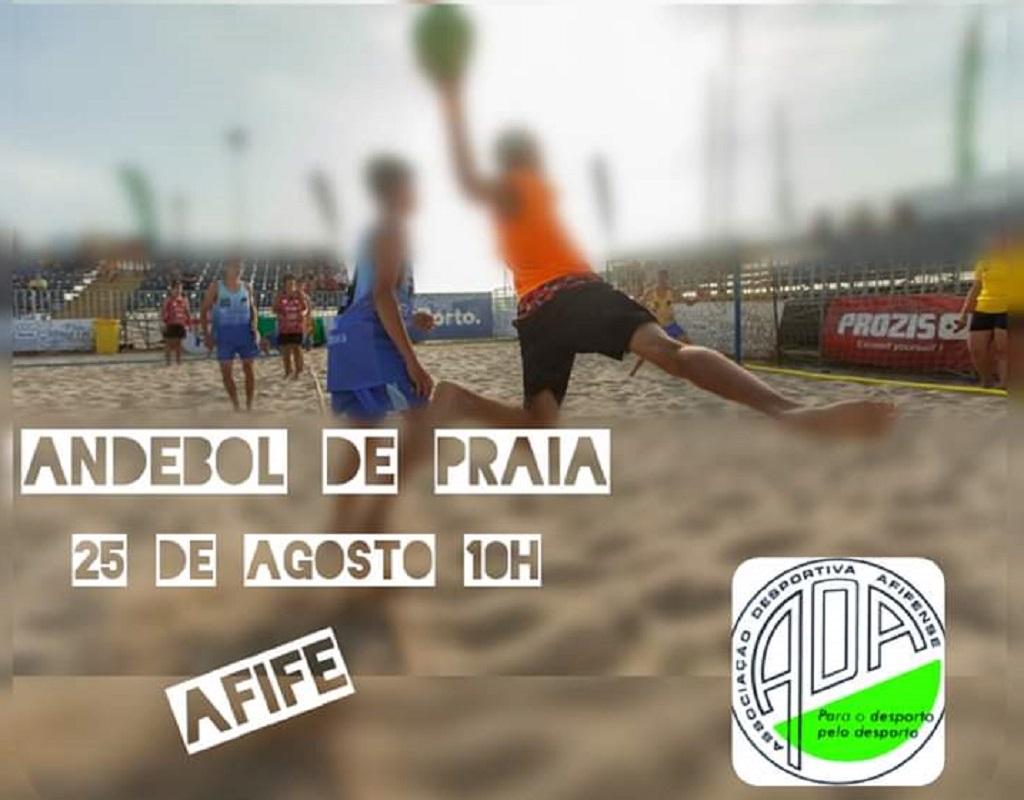 Associação Desportiva Afifense promove andebol na praia junto das crianças
