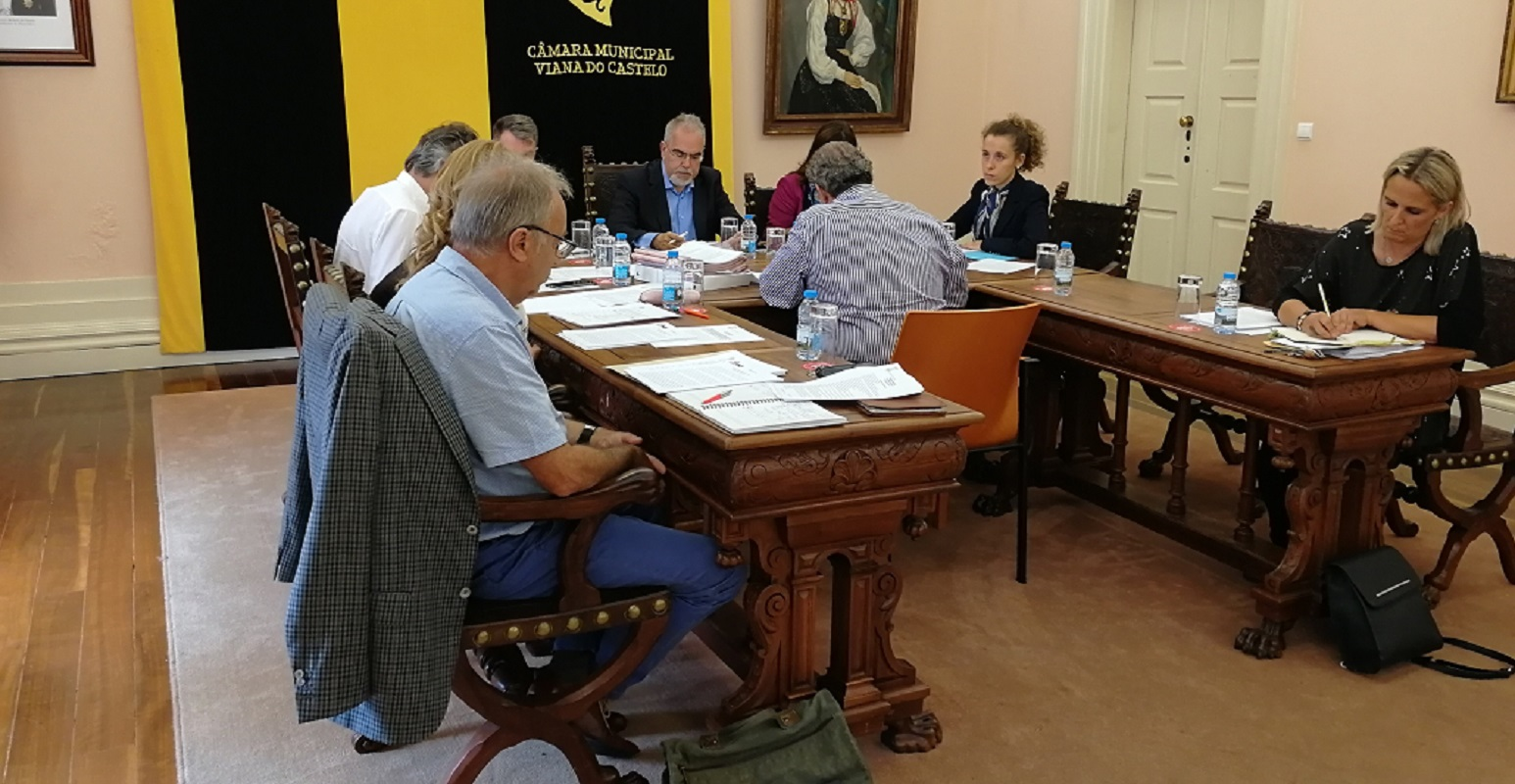 Câmara de Viana transfere de mais de 293 mil euros para Juntas de Freguesia garantirem apoios escolares