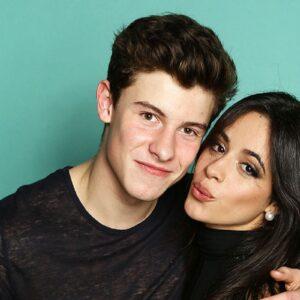 Já viu o beijo de Camila Cabello e Shawn Mendes?