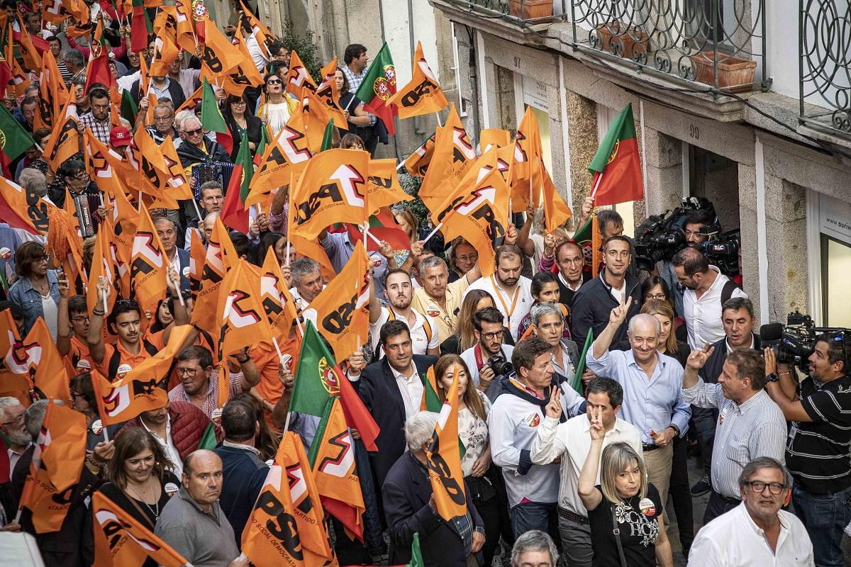 Banho de multidão em Viana do Castelo e um jantar com 2.500 pessoas no distrito de Braga