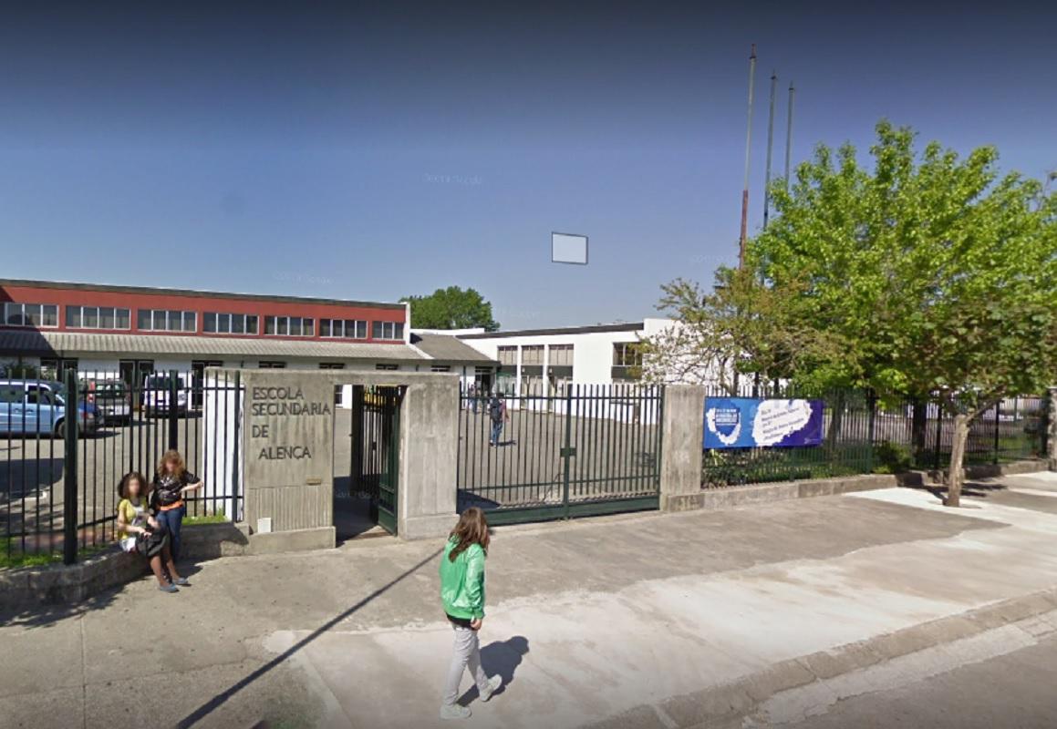 Investigada alegada agressão de pai de aluna a dois professores e dois auxiliares da EB 2/3 de Valença