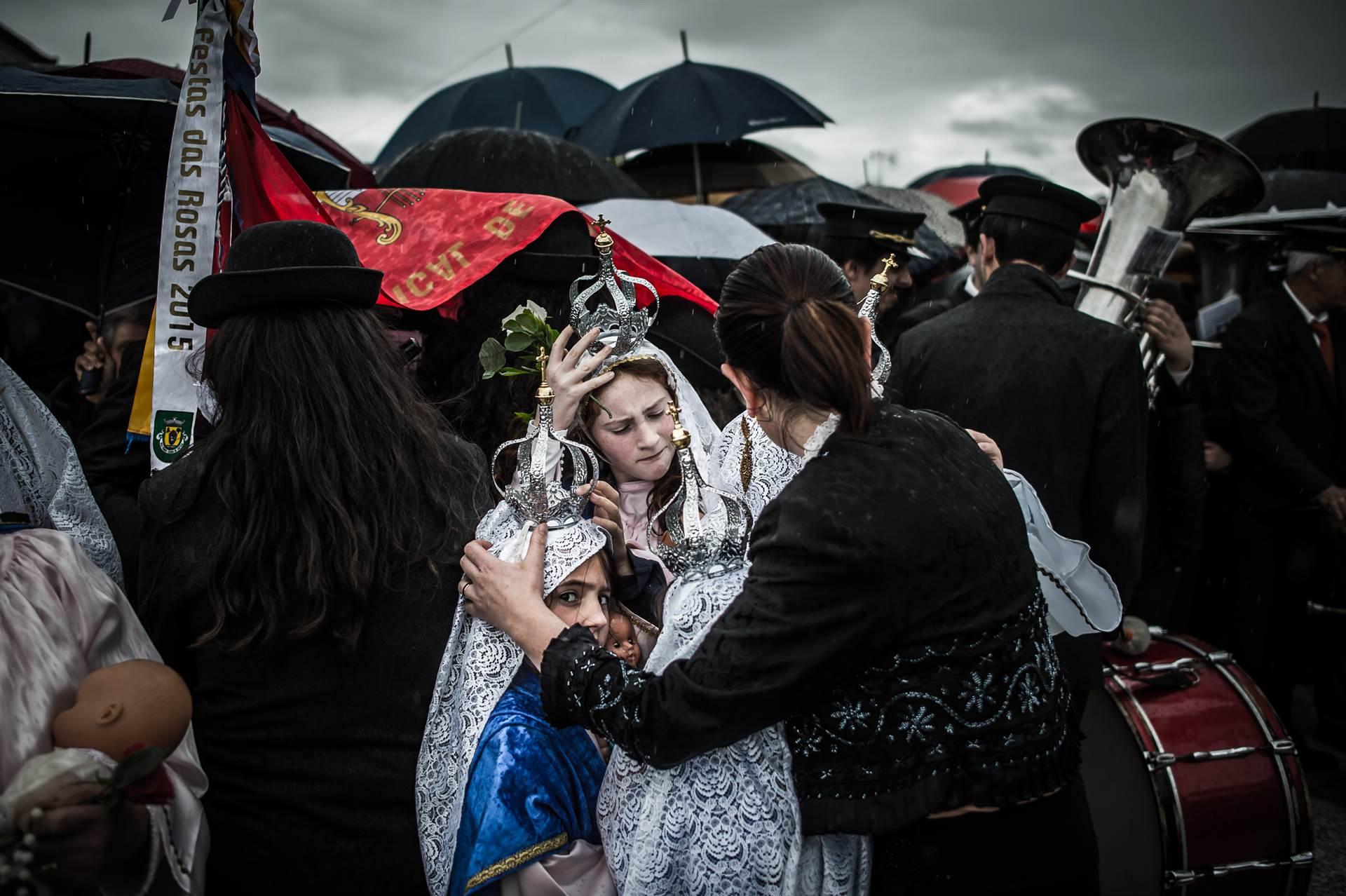 """Exposição """"Romaria-Divino"""" abre esta sexta-feira na Praça da Erva"""