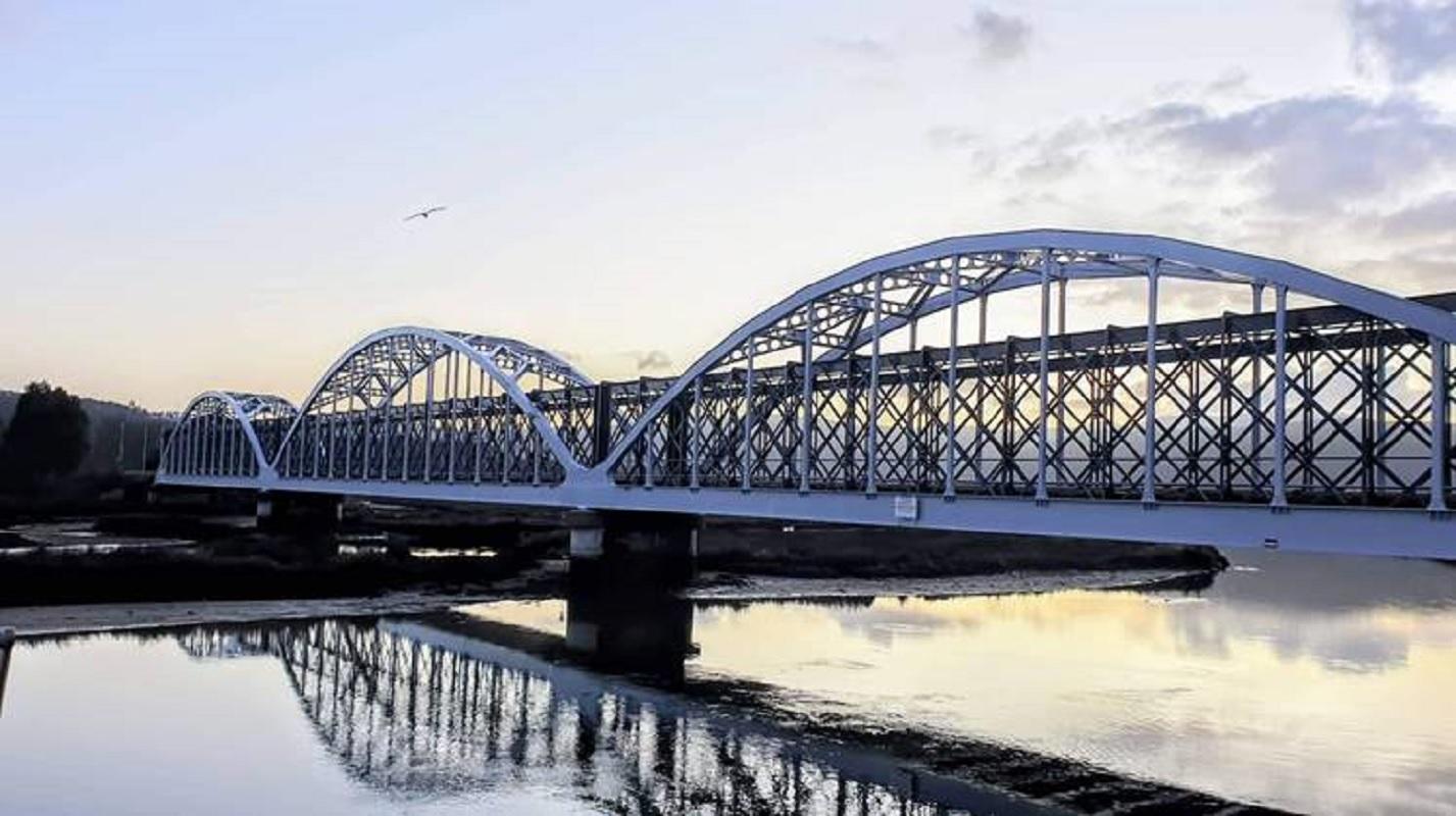 Concluída empreitada de tratamento anticorrosivo da ponte sobre o rio Coura, em Caminha