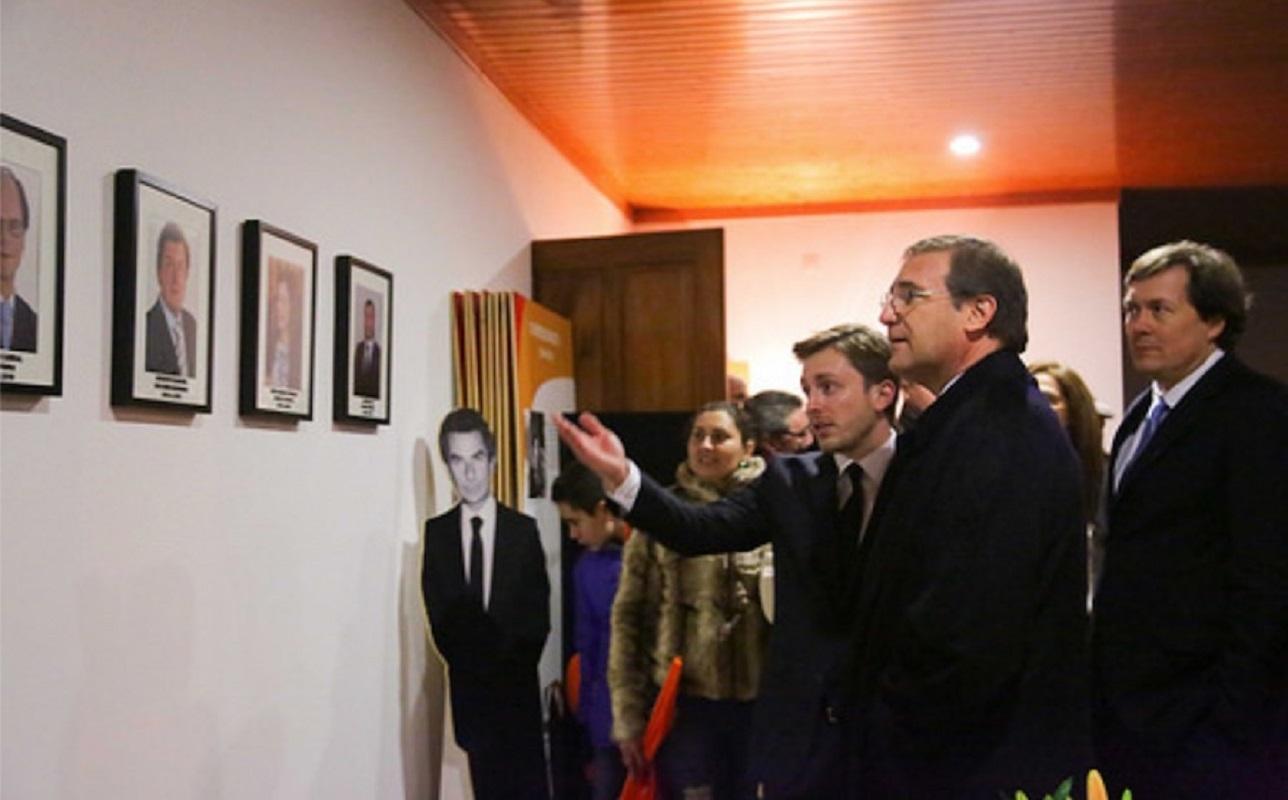 Dois anos depois de se afastar da política Passos Coelho reaparece na tomada de posse da concelhia de Ponte da Barca