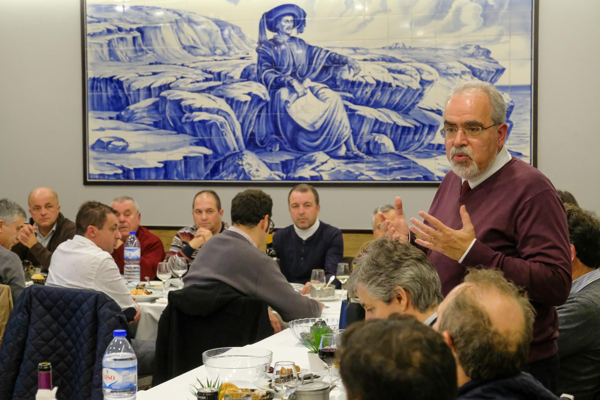 José Maria Costa reuniu com presidentes de Juntas e Uniões de Freguesia