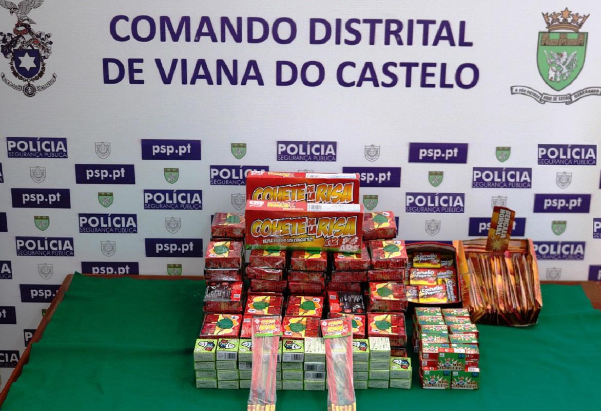 PSP apreende 8.000 bombas de Carnaval em dois estabelecimentos de Caminha e Monção