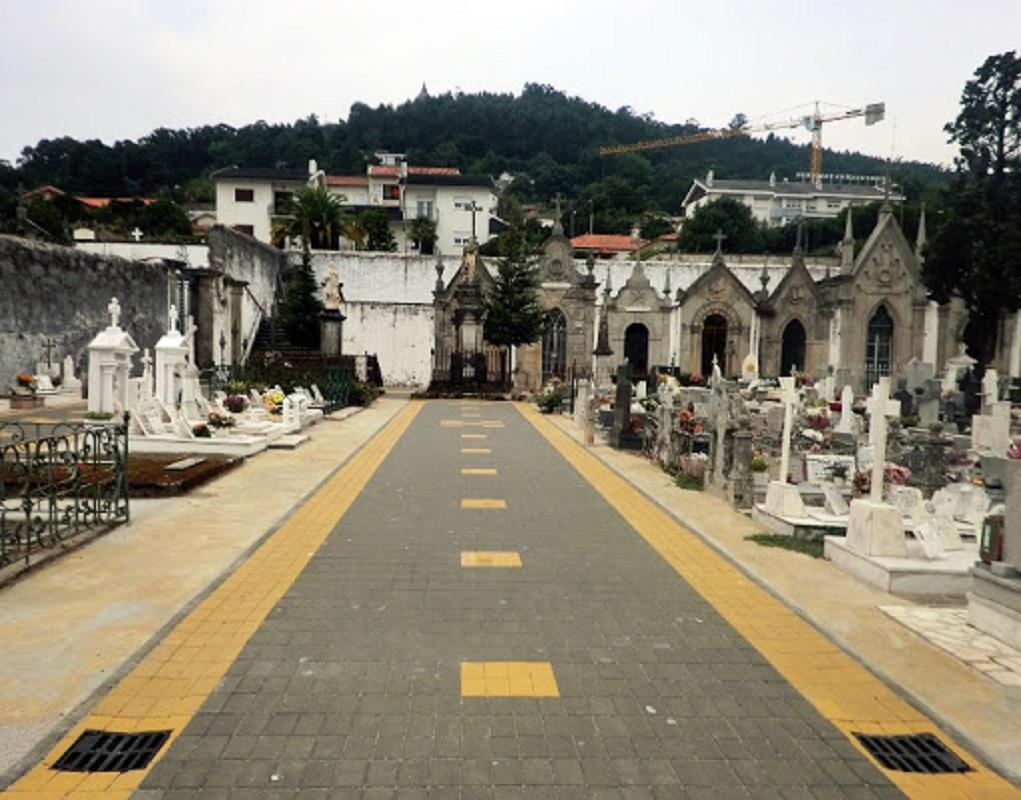 Cemitério de Viana do Castelo só abre para funerais