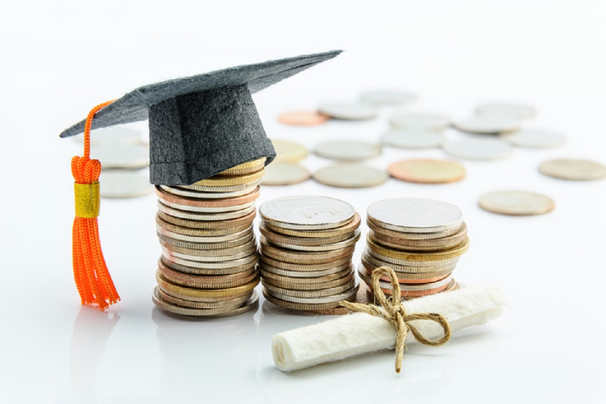 Pagamento de propinas mantém-se mas alunos com necessidades serão apoiados