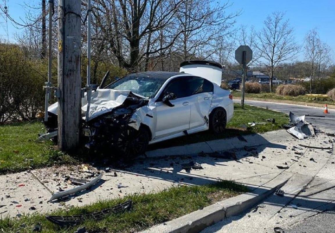 Insólito: Andou 11 quilómetros e destruiu BMW M5 após sair do stand