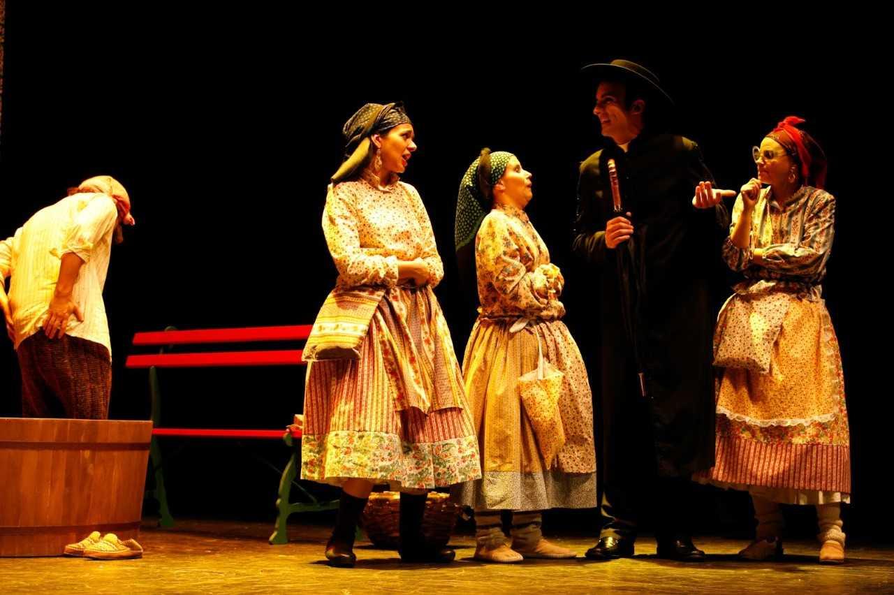 """Teatro do Noroeste transmite """"Mas Afinal Quem És Tu, Ó Dona Maria da Fonte?"""" na véspera do Dia do Trabalhador"""